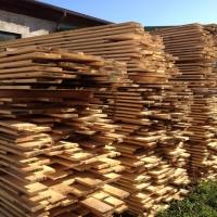 sklad-drewna-deski